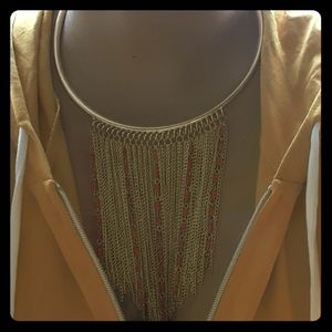 New york and Comp fringe necklace